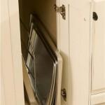 Baking sheet cabinet
